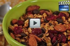 Honey Granola - Joyofbaking.com - #granola #honey #joyofbaking - #new - #granola