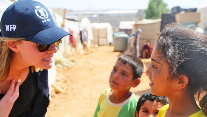 WFP's Youth Ambassador Against Hunger Jessica Watson visits refugees in Lebanon and Jordan. (28 July 2015, Photo: WFP/Joelle Eid)