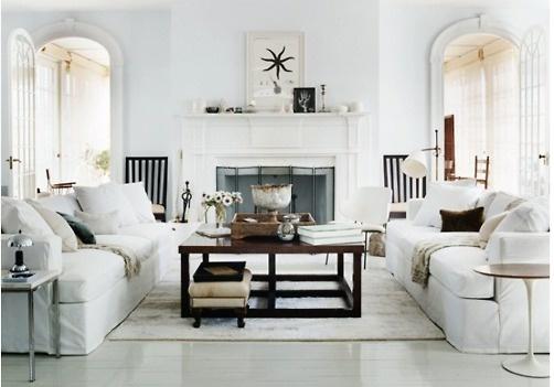 Great summer white familyroom