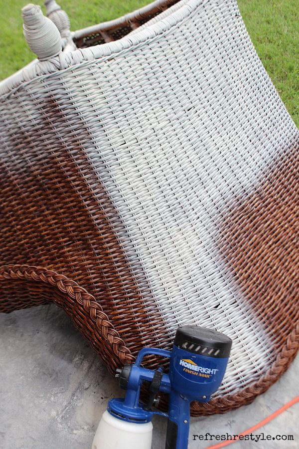 How to Spray Paint Wicker - Refresh Restyle
