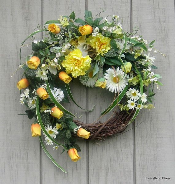 Spring Grapevine Wreath yellow and white