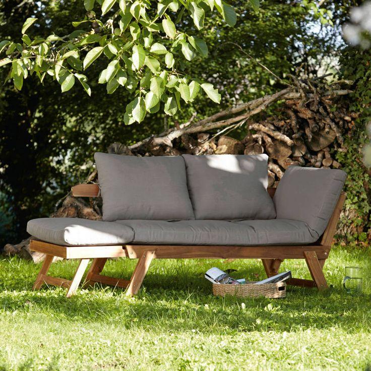 Un canapé en bois