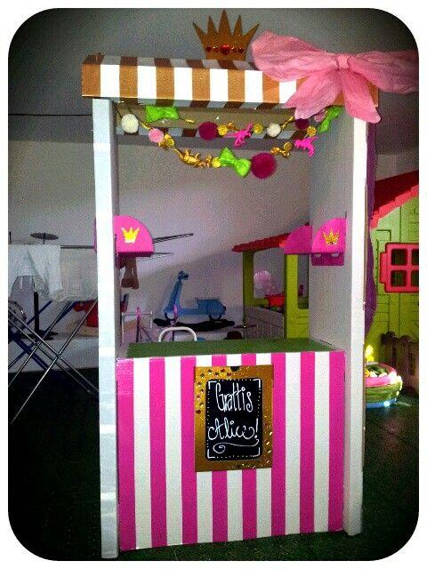 Ikea-hack av SKYLTA till prinsesskalas. Roooligt pyssel! :-D