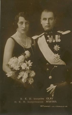 1930s real-photo postcard of Crown Prince Olav and his wife, Crown Princess Martha Louise