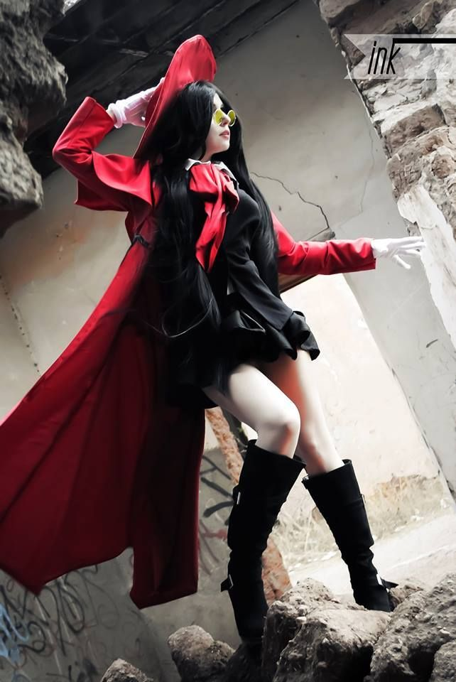 Cosplayer: Cherry Steam, Character: Alucard Female, Series: Hellsing, Photographer: Victor Salinas Estrada, Country: Mexico