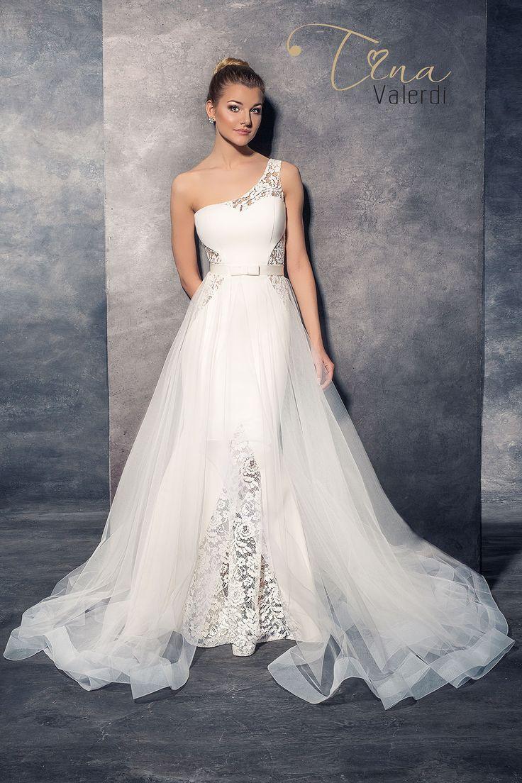 Krásne svadobné šaty v štýle morská panna s odopínateľnou sukňou