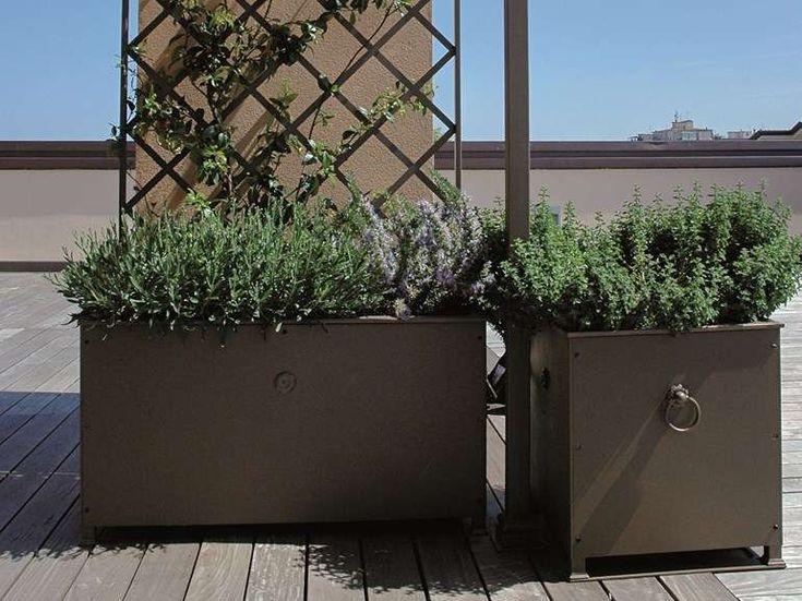 Vasi e fioriere da esterno 2016 - Fioriera in ferro Unosider