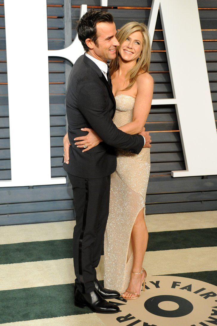 Pin for Later: Jennifer Aniston and Justin Theroux Win the Oscar For Most Publicly Affectionate Duo