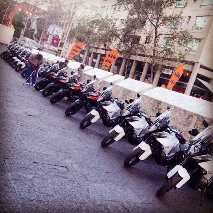 Revista Moto probando en la Ciudad de México las nuevas KTM 2015, 1290 Super Adventure y la 1050 Adventure @ktm