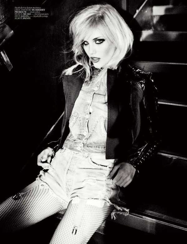 80s Icon Editorials - Ashley Smith Channels Debbie Harry for Vogue Turkey June 2011 (GALLERY)
