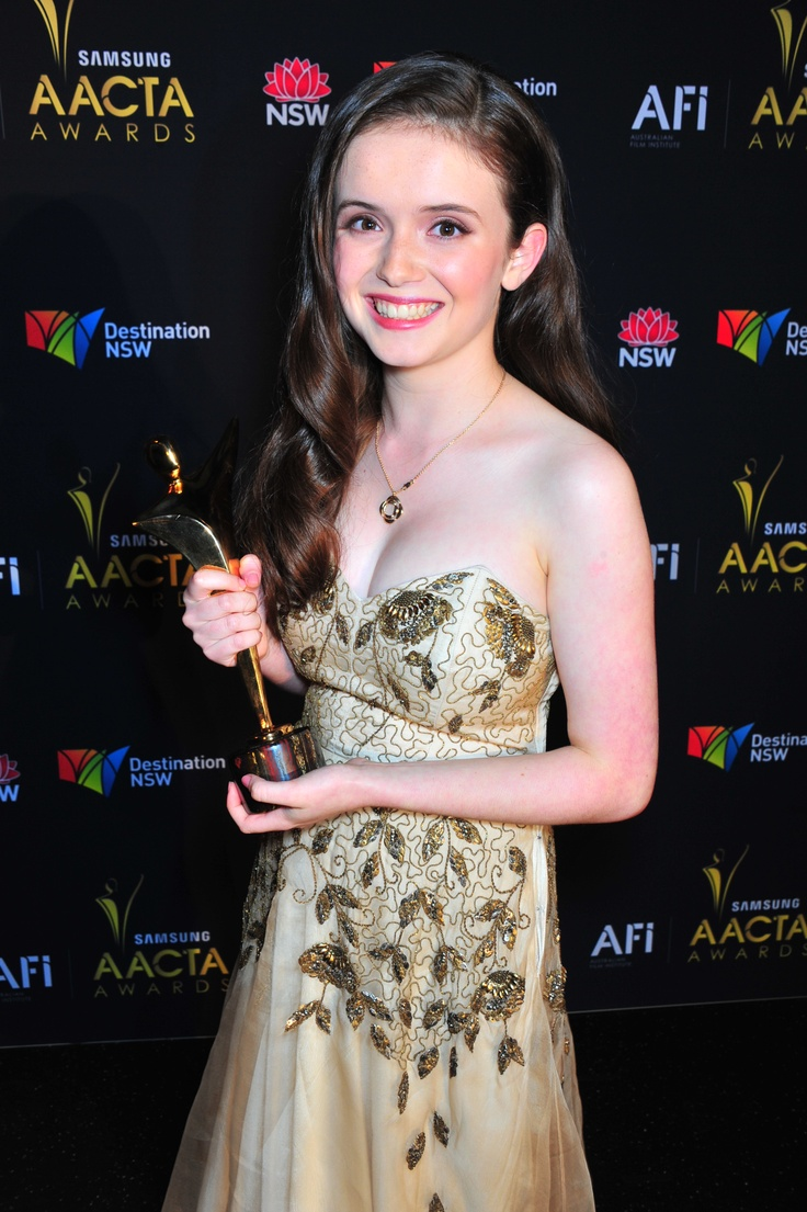 Here holding her AACTA Award for 'Best Young Actor' (Cloudstreet), Lara Robinson has been announced as a nominee for the ASTRA Best New Talent Award. Congrats to Lara and the all the nominees.   http://www.astra.org.au