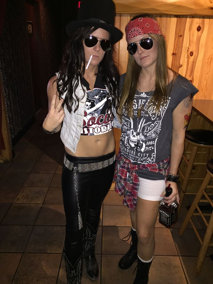 Axl Rose and Slash for Halloween! When your costume is on point.. Guns N Roses GNR sexy axl rose slash