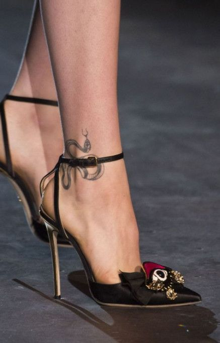 Super Tattoo Ankle Snake Tat Ideas