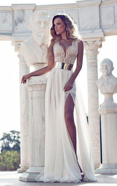 Gorgeous Beading Beach Wedding Dress                              …