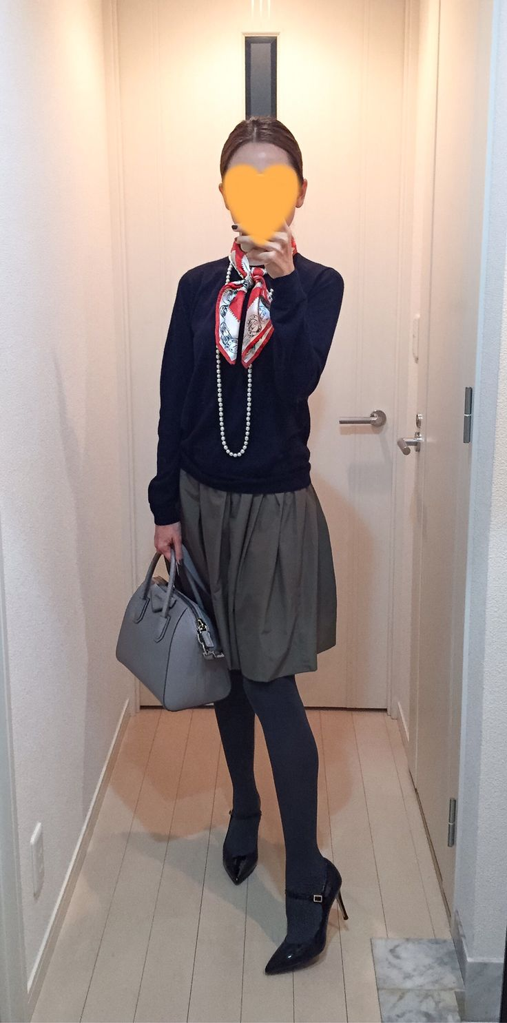 Navy knit: Drawer, Khaki skirt: Nolley's, Scarf: manipuri, Vag: GIVENCHY, Pumps: Fabio Rusconi