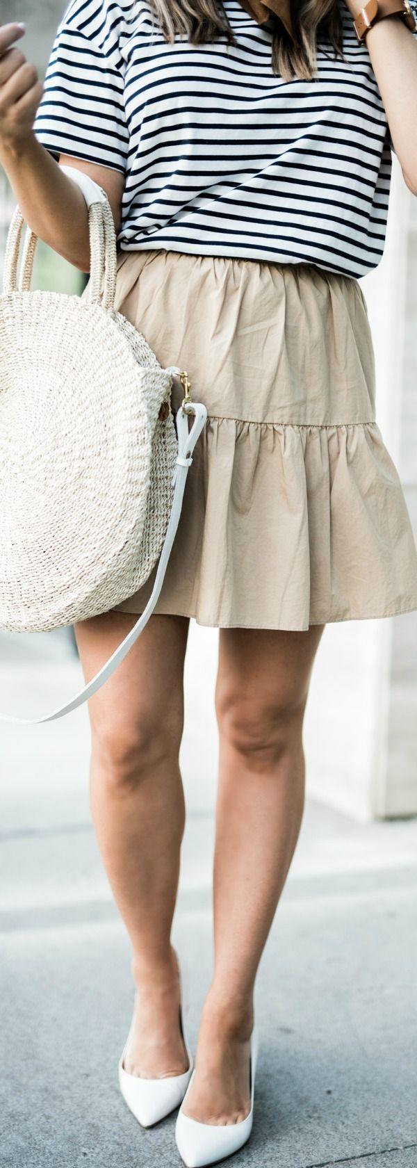 Tiffany Jais Houston fashion and lifestyle blogger | circle straw tote, ruffle hem skirt, casual summer outfits, street style 2017, white block heels, bandana outfits, clare v alice tote, white heels outfit ideas, circle straw tote