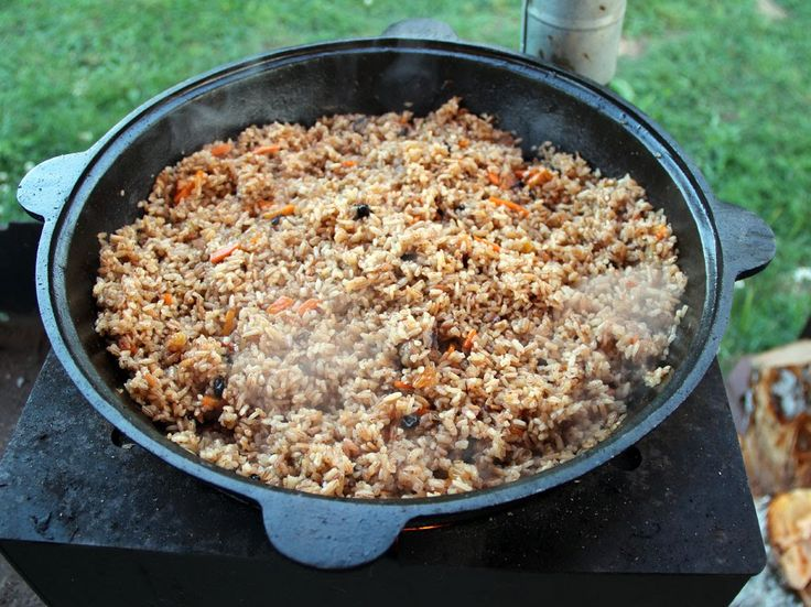 Плов на мангале в казане. Вкусно, быстро, просто! Такой мангал можно купить здесь: www.web-trade.ru