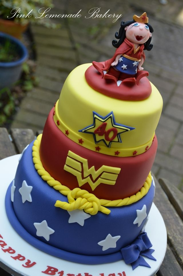 wonder woman birthday cake 10 images about cakes on 1474