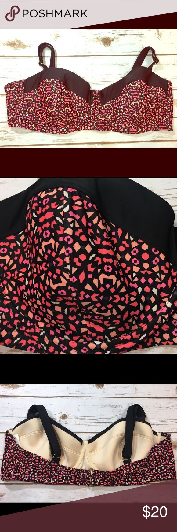 Ava & Viv Plus Size Bikini Top 26W - NEW Ava & Viv brand black and pink mosaic/geometric patterned bikini swimsuit top. Cups have padding and underwire.  **Listing is for the top ONLY.**  Labeled a size 26W.   Brand new without tags, unworn. No flaws to note. Black line on inner size label to prevent store return. Ava & Viv Swim Bikinis