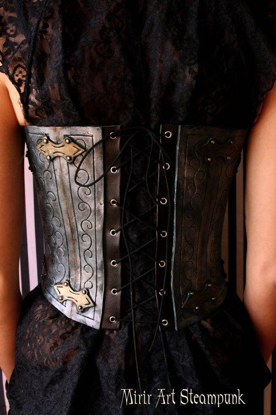 https://www.etsy.com/it/listing/280671266/corsetto-sottoseno-stringivita?ref=related-3