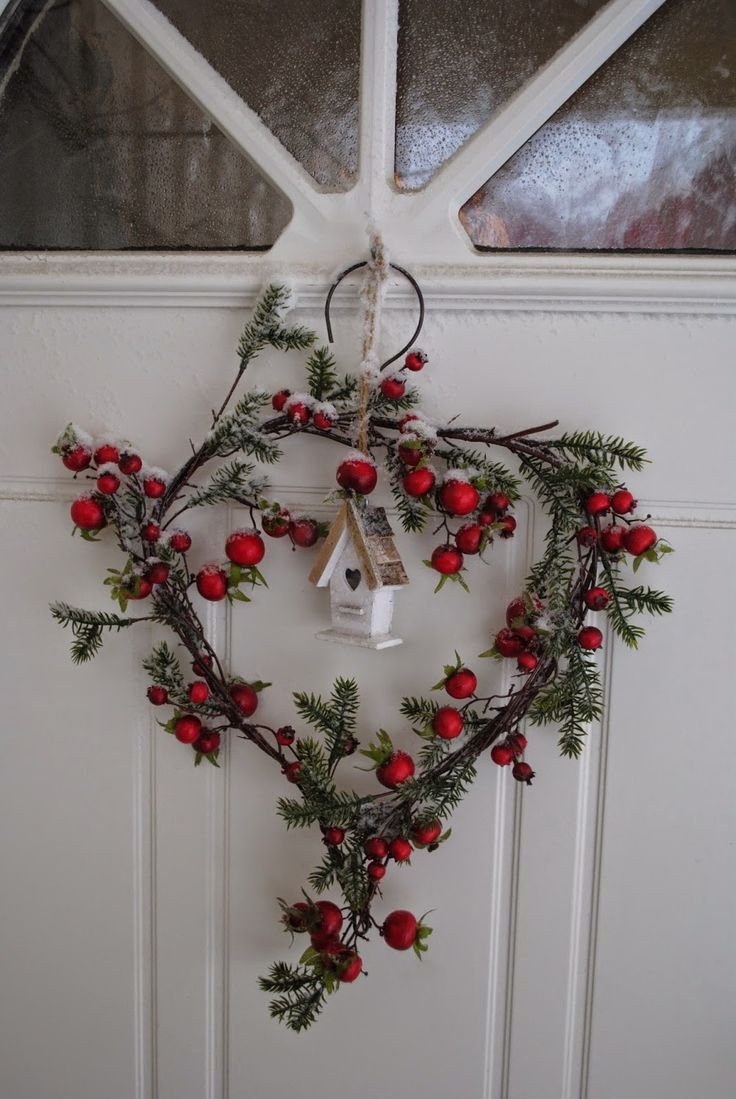 door wreath with birdhouse http://ana-rosa.tumblr.com/post/102691089133