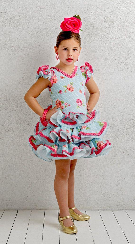 Traje de gitana flamenca para niña. Posibilidad de añadir o quitar flecos a juego por el mismo precio.