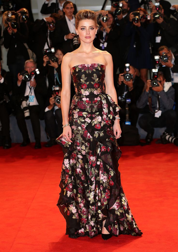 At the premiere of The Danish Girl, Amber opted for a romantic printed Alexander McQueen design.