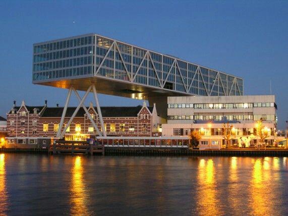 Kantoorgebouw De Brug (Unilever) Rotterdam.