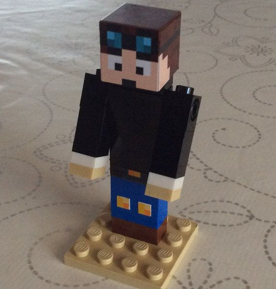 Lego Minecraft Custom - DanTDM - Great for minecraft party