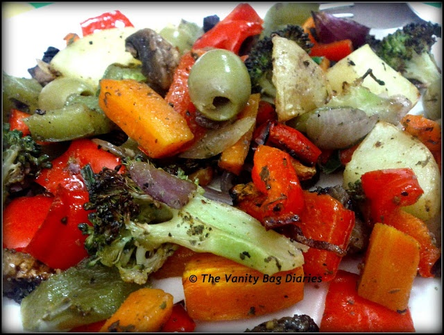 This Monday's Meal of the Day (MOTD) is Grilled Veggies !!   #food #foodporn            Ingredients    Red and Green Bell Peppers, Broccoli, Carrot, Mushroom, Potato, Onion, Olive, Chives, Olive Oil, Salt, Pepper, Cajun seasoning, garlic powder