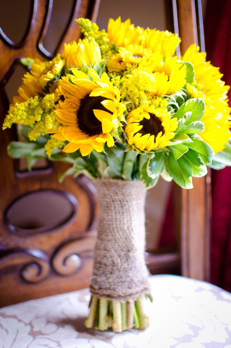 sunflower bouquets for weddings rustic bouquet made from sunflowers viking mums 7823