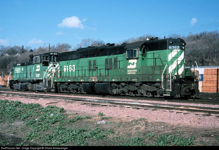 RailPictures.Net Photo: BN 6163 Burlington Northern Railroad EMD SD9 at Omaha, Nebraska by Chuck Schwesinger