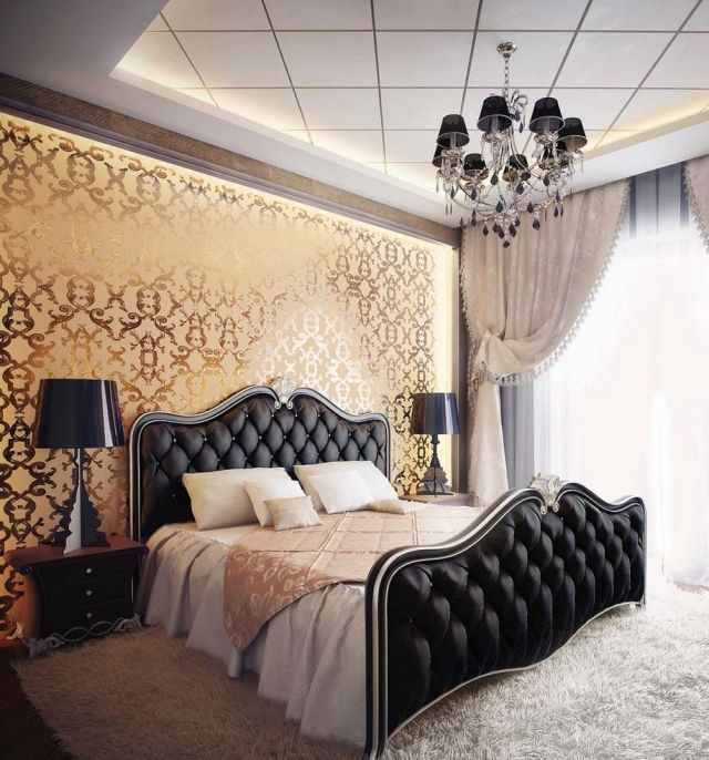 chambre romantique baroque: papiers peints, lampes et lustre