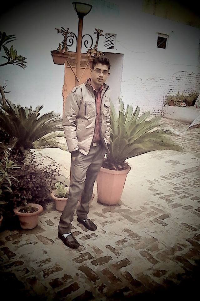 Hello Frnds Here Is Raza Kamil Taqvi. I am SEO analyst at RnF Technology India Pvt Ltd. For more information Visit my FB Profile https://www.facebook.com/imRazaKamil