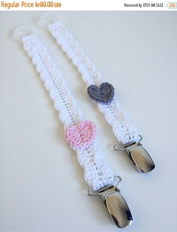Pacifier holder, napphållare med hjärtan, pacifier clip with hearts