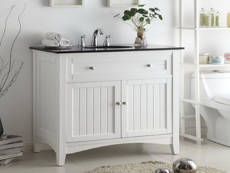 25 Best Ideas About Country Bathroom Vanities On: Best 25+ Cottage Style Bathrooms Ideas On Pinterest