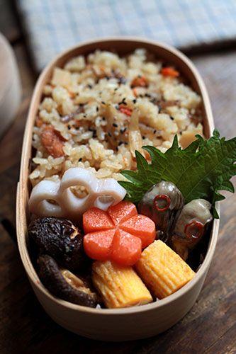 日本人のごはん/お弁当 Japanese Mixed Vegetable Rice Bento 炊き込みご飯弁当