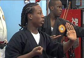 18-Oct-2013 16:40 - DOCU AMERICAN PROMISE KAART ONGELIJKE ONDERWIJSKANSEN IN VS AAN. Het is een bijzonder project: de ouders van twee bevriende zwarte jongens besloten hun zonen meer dan tien jaar te volgen met de camera. Hun bedoeling: het aan de kaak stellen van de ongelijke kansen voor zwarte kinderen in het onderwijs. Het resultaat, 'American Promise', is in de VS vanaf vandaag te zien in de bioscoop.
