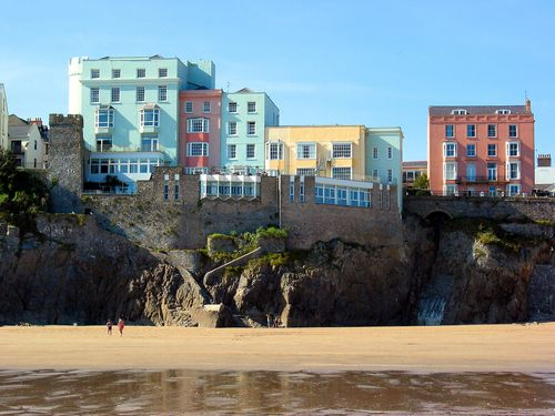 ~ the beach, the ruins of the castle walls, and the pastel buildings ~ Tenby in all it's glory ~ Wales ~