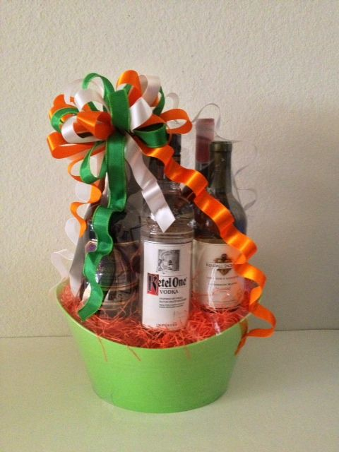 7 best st patricks day baskets images on pinterest gift basket dublin up st patricks day gift basket ohbowsgiftbaskets negle Image collections