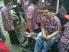 update Relawan Kotak-Kotak Tunggu Kedatangan Rieke di Pasar Lama Panmas Lihat berita https://www.depoklik.com/blog/relawan-kotak-kotak-tunggu-kedatangan-rieke-di-pasar-lama-panmas/