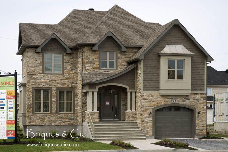 Cultured stone, thin stone veneer, exterior, stone, home, pierre décorative, projet extérieur, revêtement mural, idée extérieur maison