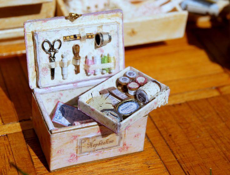 Naphtaline la boite couture miniatures de for La boite a couture 03500
