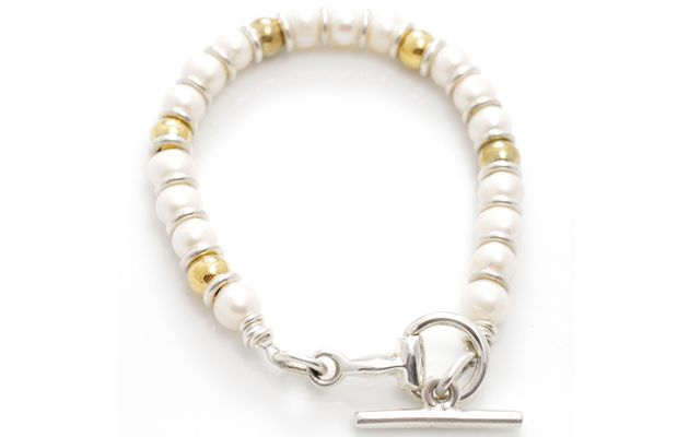 """Hiho Silver's new """"Pearl and Knot"""" snaffle bracelet is back in stock after a complete sell out following its launch at Burghley Horse Trials. It costs £65.  Read more at http://www.horseandhound.co.uk/products/hiho-silver-launches-new-snaffle-bracelet/#V9KOM515A4ZoYjPe.99 #horseygifts #jewellery"""