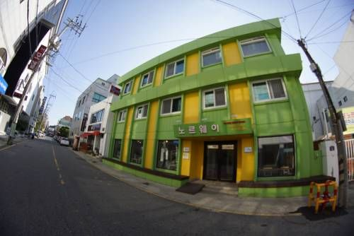 Mokpo Norway Guesthouse Mokpo Mokpo Norway Guesthouse offers accommodation in Mokpo.  Each room is fitted with a shared bathroom. Mokpo Norway Guesthouse features free WiFi throughout the property.  There is a shared lounge at the property.