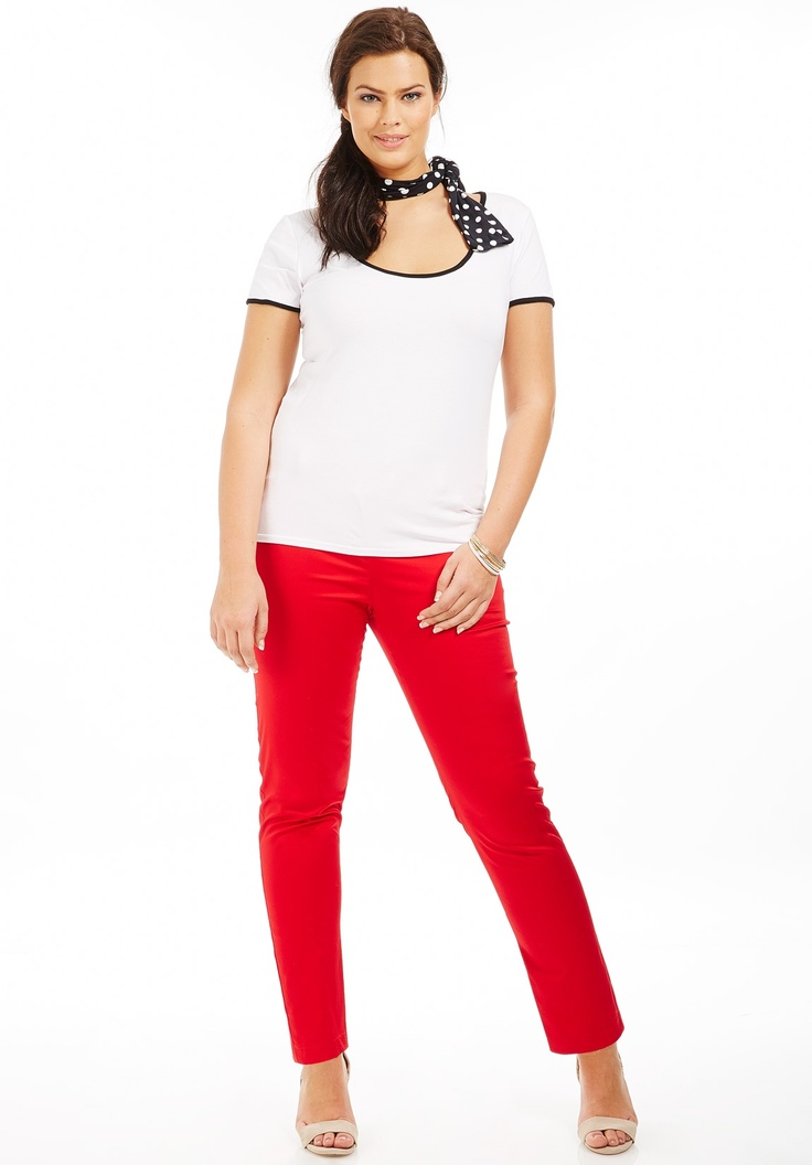 Pantalon grande taille effet satin coupe 7/8ème rouge avec fermeture zip, pantalon grande taille - scarlett