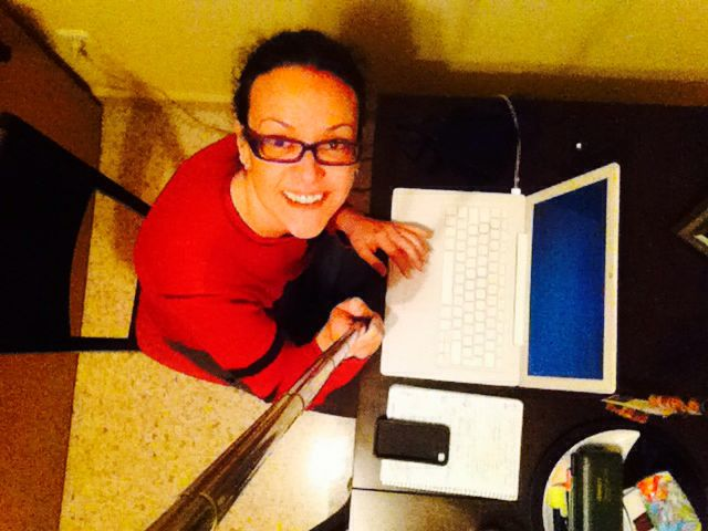 Trabajando? En casa como si nada!!! #superagusto #familia #casa #tecnologías Así si!!!