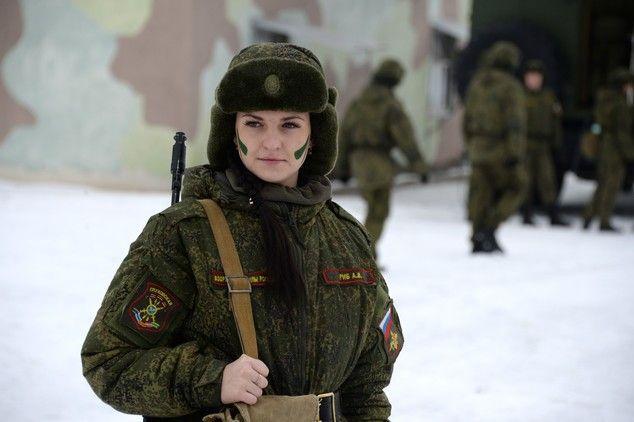 En vísperas del Día Internacional de la Mujer se está celebrando un concurso de belleza y profesionalidad entre las soldados del Ejército ruso.