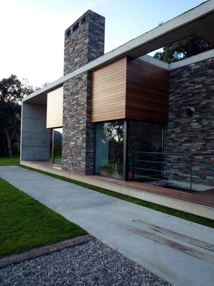 Vivienda en Montseny. Arquitectos: Salas Studio; Ubicación: El Montseny, Cataluña, España; Fotografías: Cortesia de Salas Studio.