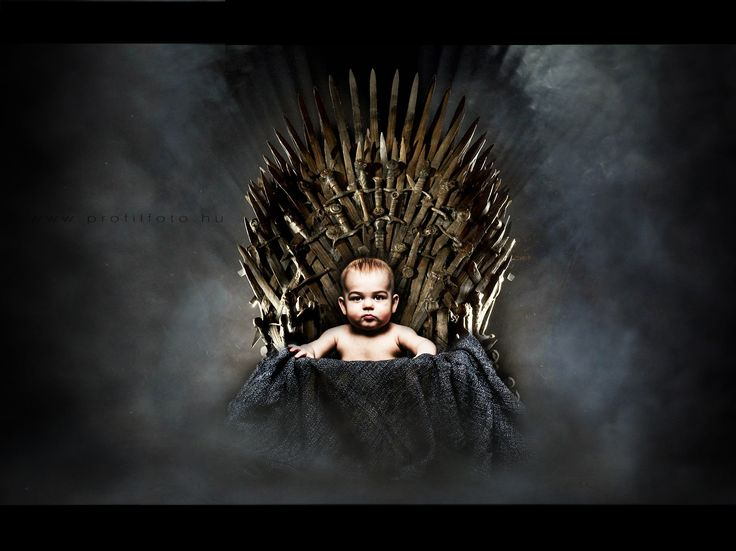 baby on throne - game of thrones - www.profilfoto.hu  photo by Krisztina Mate